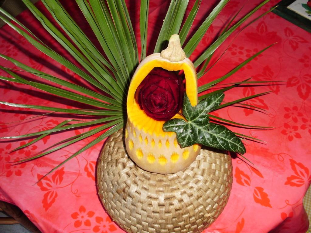 Patissier et sculpteur sur fruits et l gumes dans l 39 aude r sultats de recherche composition - Composition florale avec fruits legumes ...