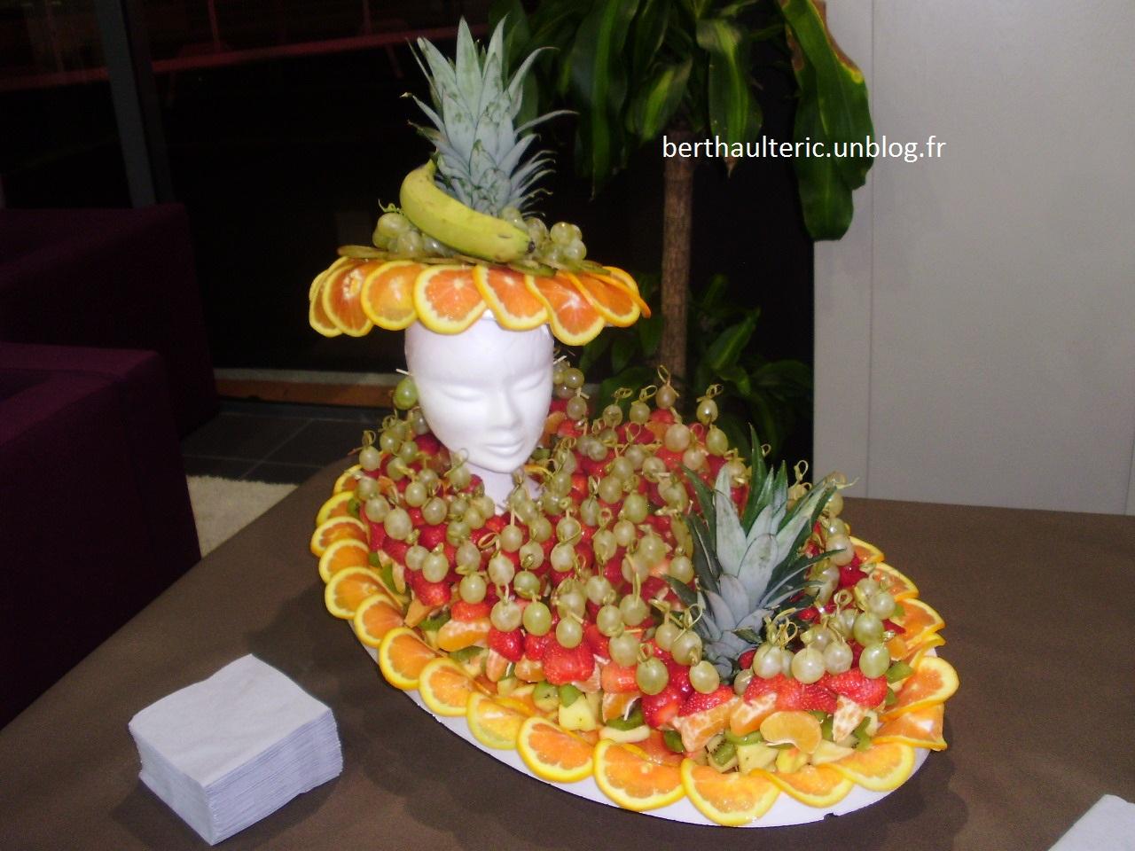 Patissier et sculpteur sur fruits et l gumes dans l 39 aude - Decoration legumes pour buffet ...